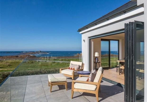 Thumbnail Property for sale in La Route De La Mare De Carteret, Castel, Guernsey