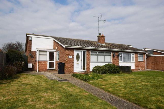 2 bed bungalow to rent in Martinsdale, Clacton On Sea CO15