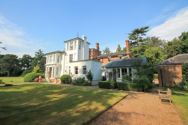 Thumbnail Flat for sale in Felcourt Road, Felcourt, East Grinstead, West Sussex