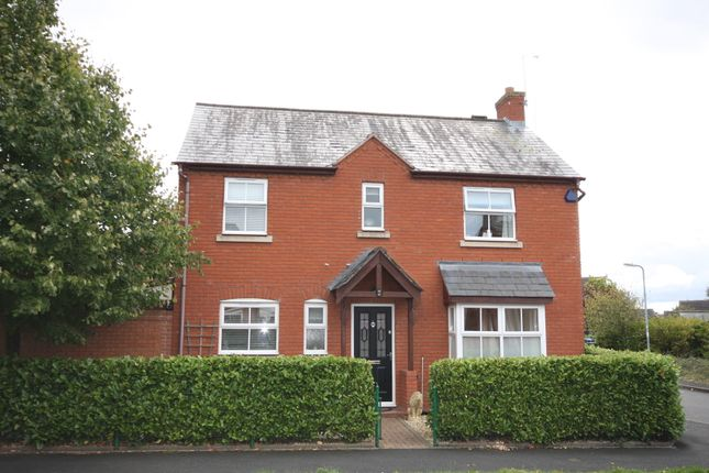 3 bed detached house to rent in St Laurence Way, Bidford On Avon
