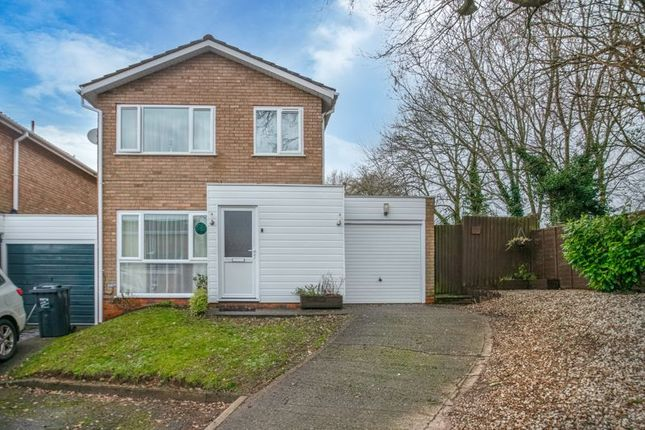 3 bed link-detached house for sale in Petton Close, Redditch B98