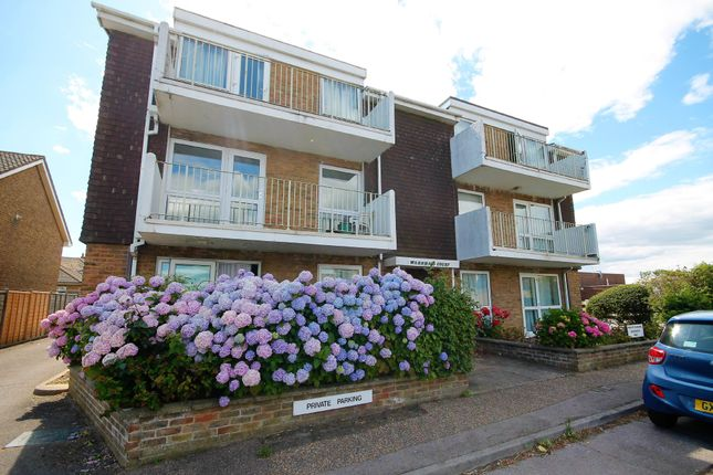 1 bed flat to rent in Chester Avenue, Lancing BN15