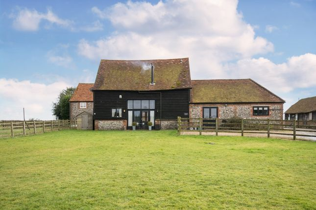 Thumbnail Barn conversion to rent in Toweridge, West Wycombe, High Wycombe