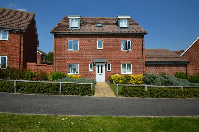 Thumbnail Detached house to rent in Rivenhall Way, Hoo, Rochester