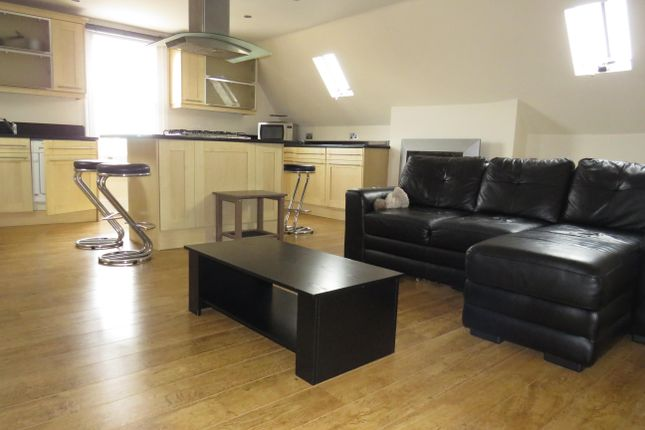 Thumbnail Flat to rent in Milverton Terrace, Leamington Spa