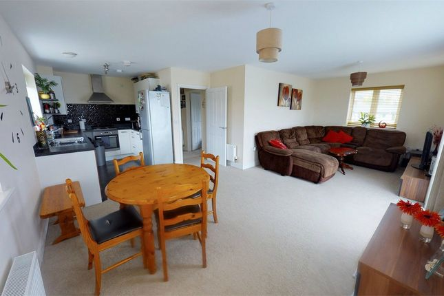 Thumbnail Flat for sale in Thomas Way, Braintree, Essex