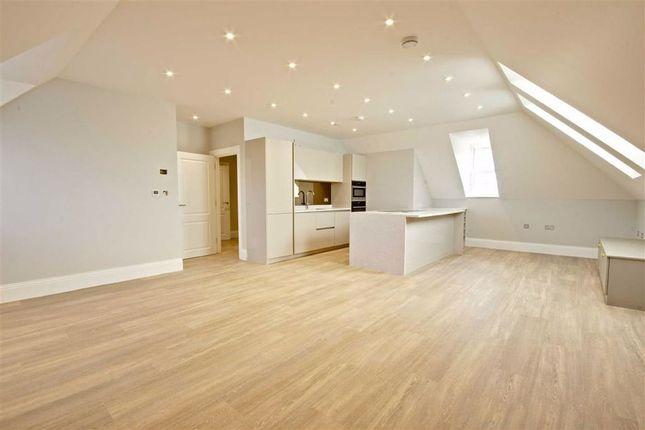 Thumbnail Flat to rent in Totteridge Lane, London