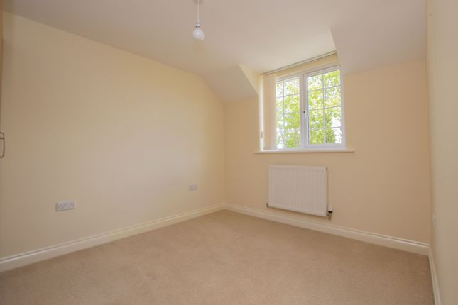 Bedroom of Reading Road, Burghfield Common, Reading RG7