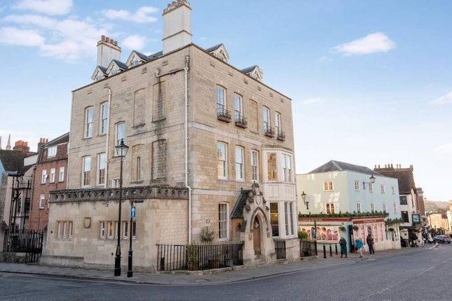 Commercial property to let in Castle Hill House, Windsor