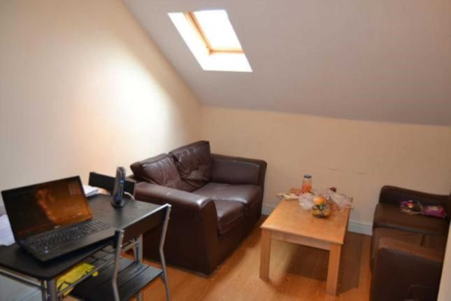 Thumbnail Flat to rent in Colum Road, Cathays, Cardiff