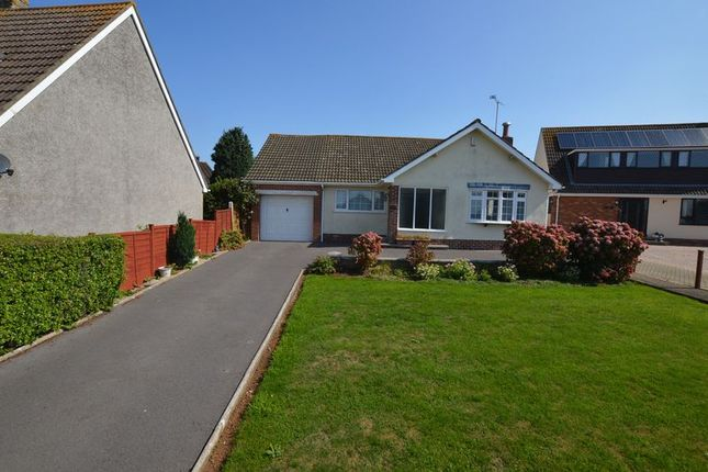 Thumbnail Bungalow for sale in Leighton Crescent, Bleadon, Weston-Super-Mare