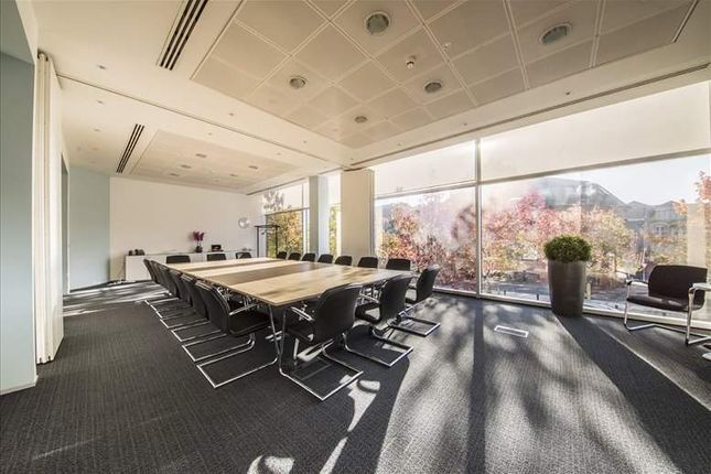 Office to let in Davidson House, Reading