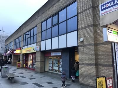 Thumbnail Retail premises to let in 248 High St, Slough