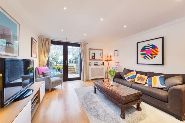 2 bed terraced house for sale in Wingfield Mews, London