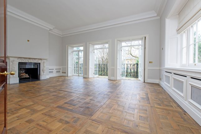 Thumbnail Property to rent in Tite Street, London