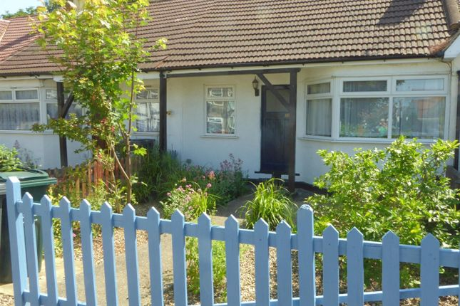 Thumbnail Terraced bungalow to rent in King Edward Avenue, Dartford