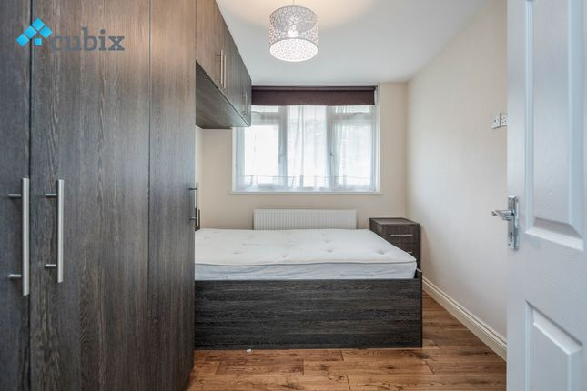 Thumbnail Maisonette to rent in New Place Square, Bermondsey