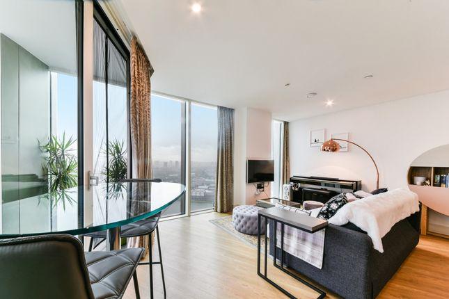 Living Room of Ontario Point, Maple Quays, Surrey Quays SE16