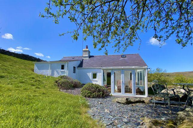 Thumbnail Cottage for sale in Rhiw, Pwllheli