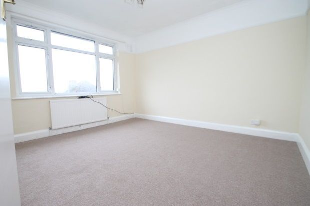 Thumbnail Flat to rent in Mount Court, West Wickham