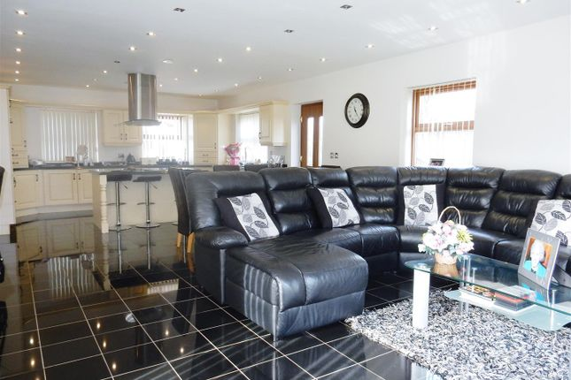 Thumbnail Detached house for sale in Gateford Road, Worksop
