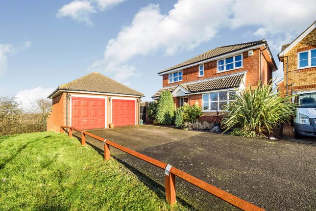 Thumbnail Detached house for sale in Corner Meadow, Harlow
