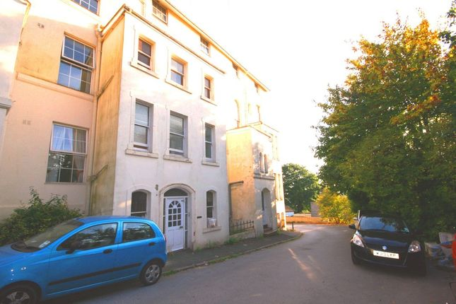 Thumbnail Flat to rent in Barnpark Terrace, Teignmouth, Devon