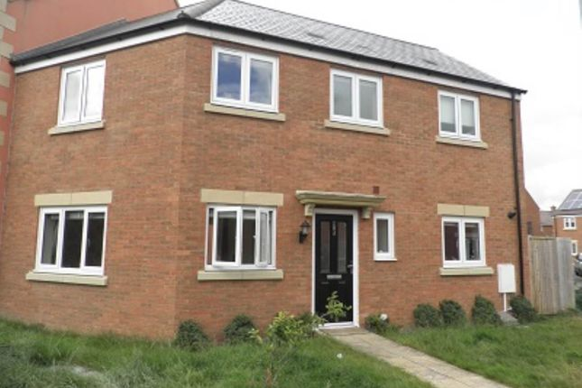 Thumbnail Property to rent in Swaledale Road, Warminster, Wiltshire