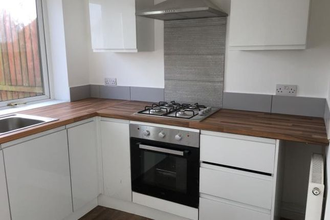 2 bed end terrace house to rent in 9 Macbeth Road, Dunfermline