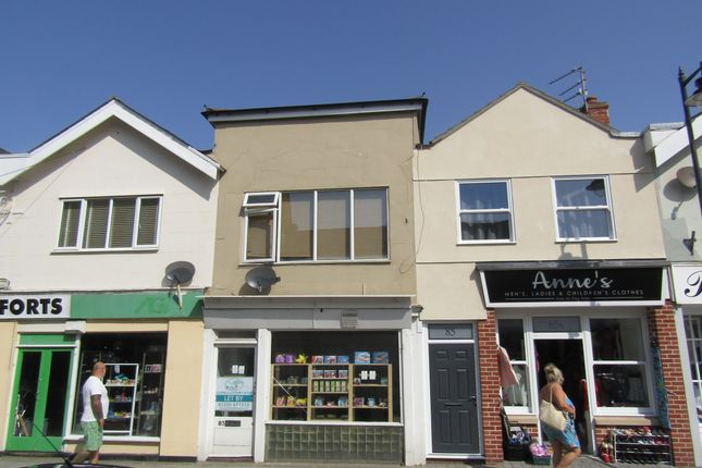 Thumbnail Flat to rent in High Street, Walton On The Naze, Essex
