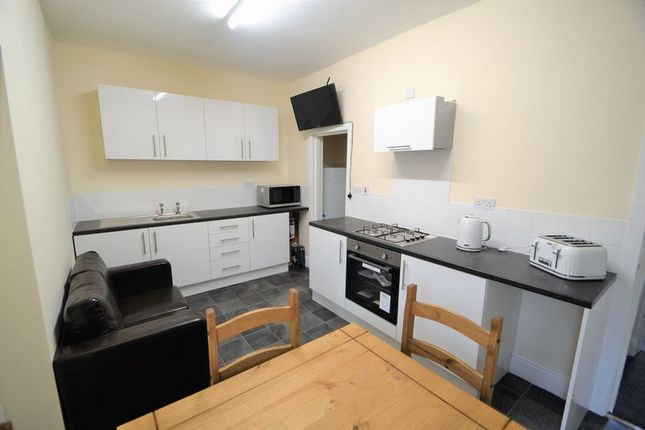 Thumbnail Terraced house to rent in Room 2, Brown Street, Salford