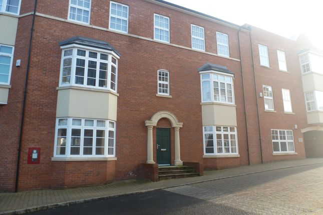 Thumbnail Flat to rent in Armstrong Drive, Worcester
