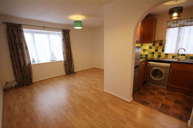 Thumbnail Flat to rent in Hunters Lane, Leavesden, Watford, Hertfordshire