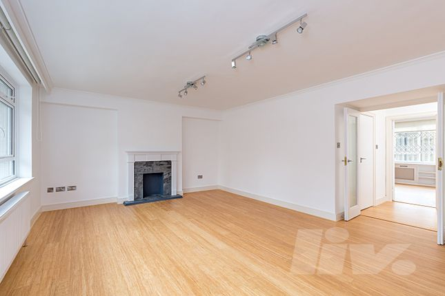 Thumbnail Flat for sale in Clifton Place, Lancaster Gate, Bayswater