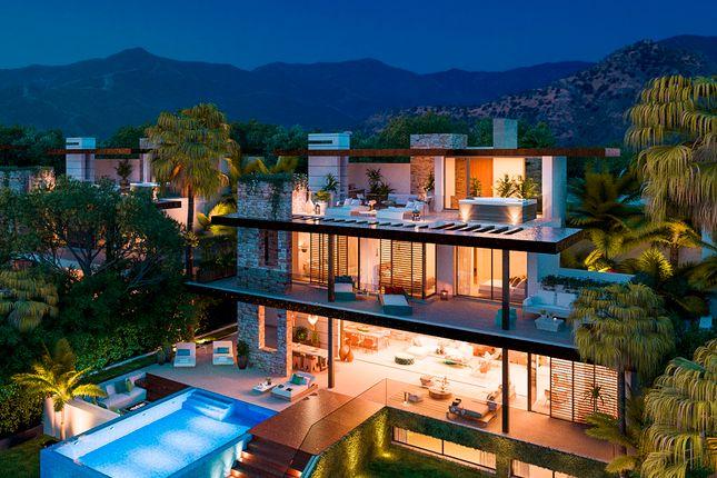 Villa for sale in Benahavis, Costa Del Sol, Spain