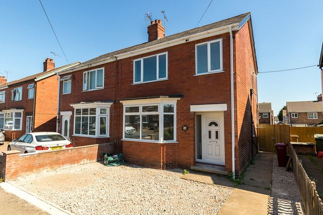 Thumbnail Semi-detached house to rent in Churchfield Road, Scunthorpe