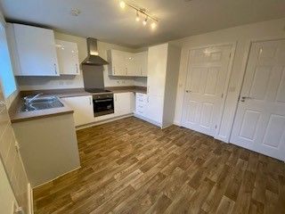 2 bedroom end terrace house for sale in Tarragon Close, Melksham