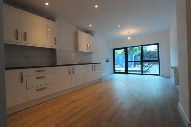Thumbnail Flat to rent in Hobart Court, The Bourne, Southgate