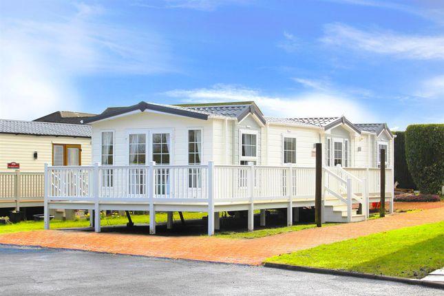 3 bedroom mobile/park home for sale in Hilton Court, Hilton Road, Bishopbriggs, Glasgow