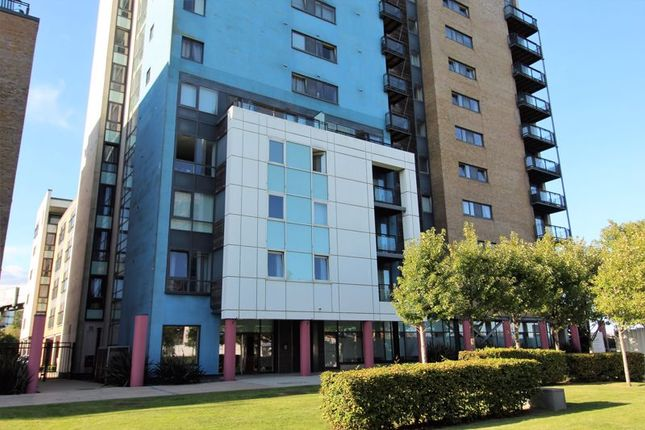 Studio for sale in Lady Isle House, Ferry Court, Cardiff CF11