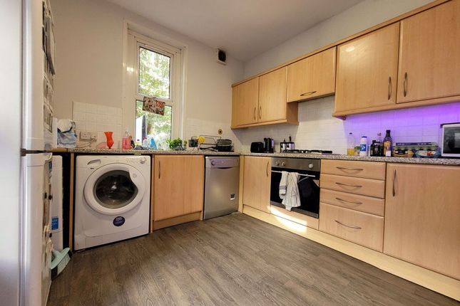 6 bed terraced house to rent in Colum Road, Cathays, Cardiff CF10