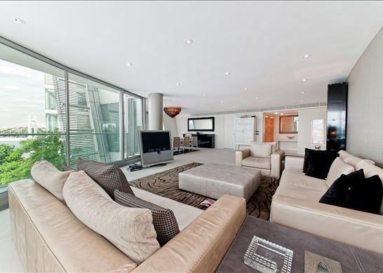 Thumbnail Flat to rent in Albion Riverside, Battersea, London
