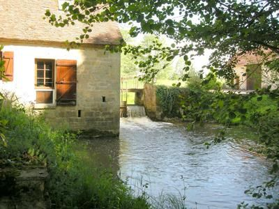Property for sale in Montaron, Nièvre, France