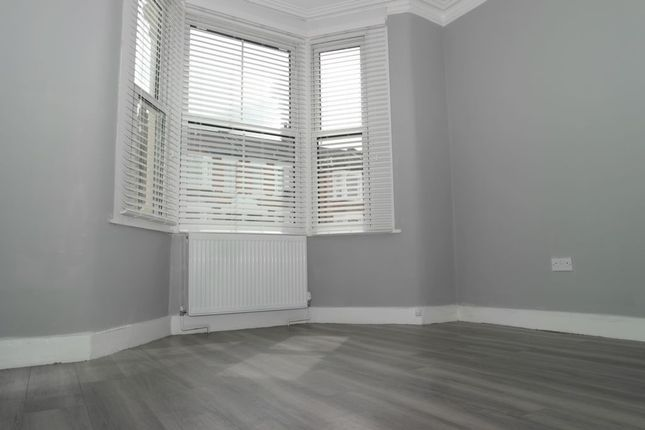 Thumbnail Flat to rent in Abbey Wood Road, Abbey Wood