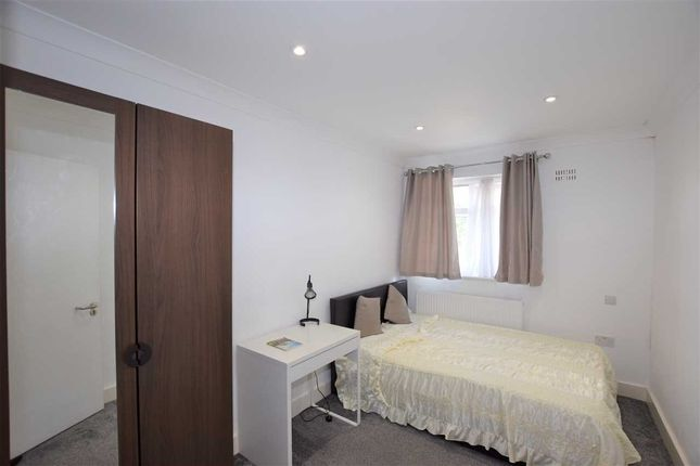 Thumbnail Room to rent in Bransgrove Road, Edgware