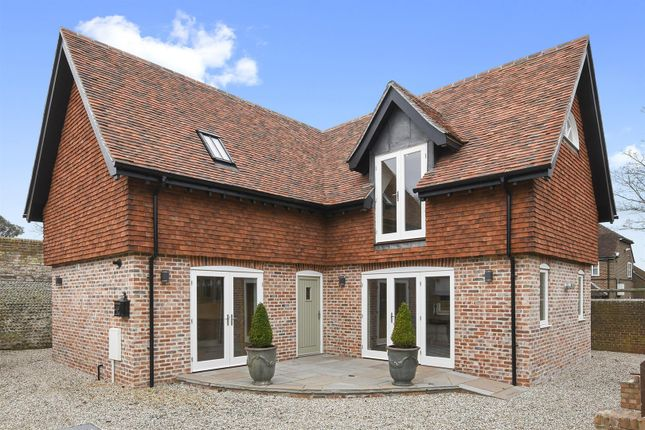 Thumbnail Detached house for sale in Belle Hill, Bexhill-On-Sea
