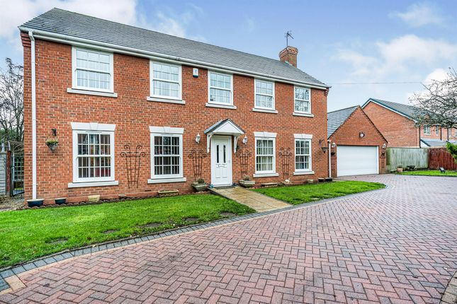 Thumbnail Detached house for sale in Bewdley Road, Kidderminster