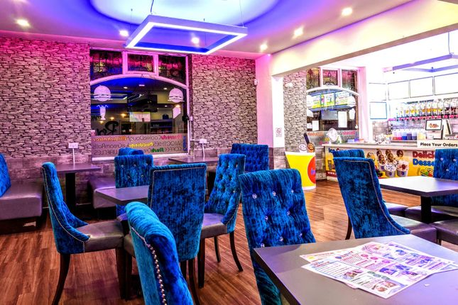 Thumbnail Restaurant/cafe for sale in Union St, Oldham Town Centre, Oldham