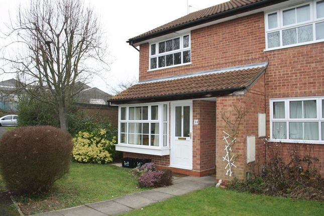 Thumbnail Flat to rent in Concorde Way, Woodley, Reading