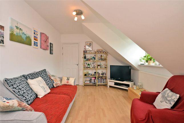 Picture No. 07 of Brinkley Court, 32 Brinkley Road, Worcester Park KT4